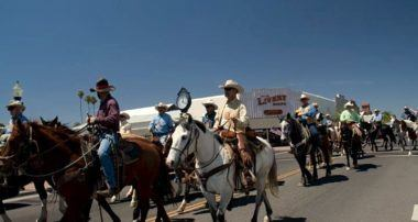 Wickenburg, AZ: Where cowboys roam and artists reign