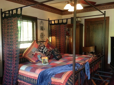 Room at Cliff Cottage Inn