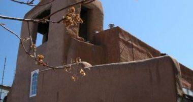 "Santa Fe ""City Different"" Walking Tour"