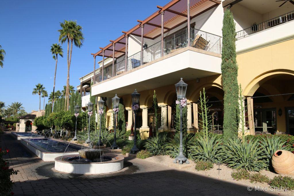 Montelucia Resort - Photo by: MikesRoadTrip.com