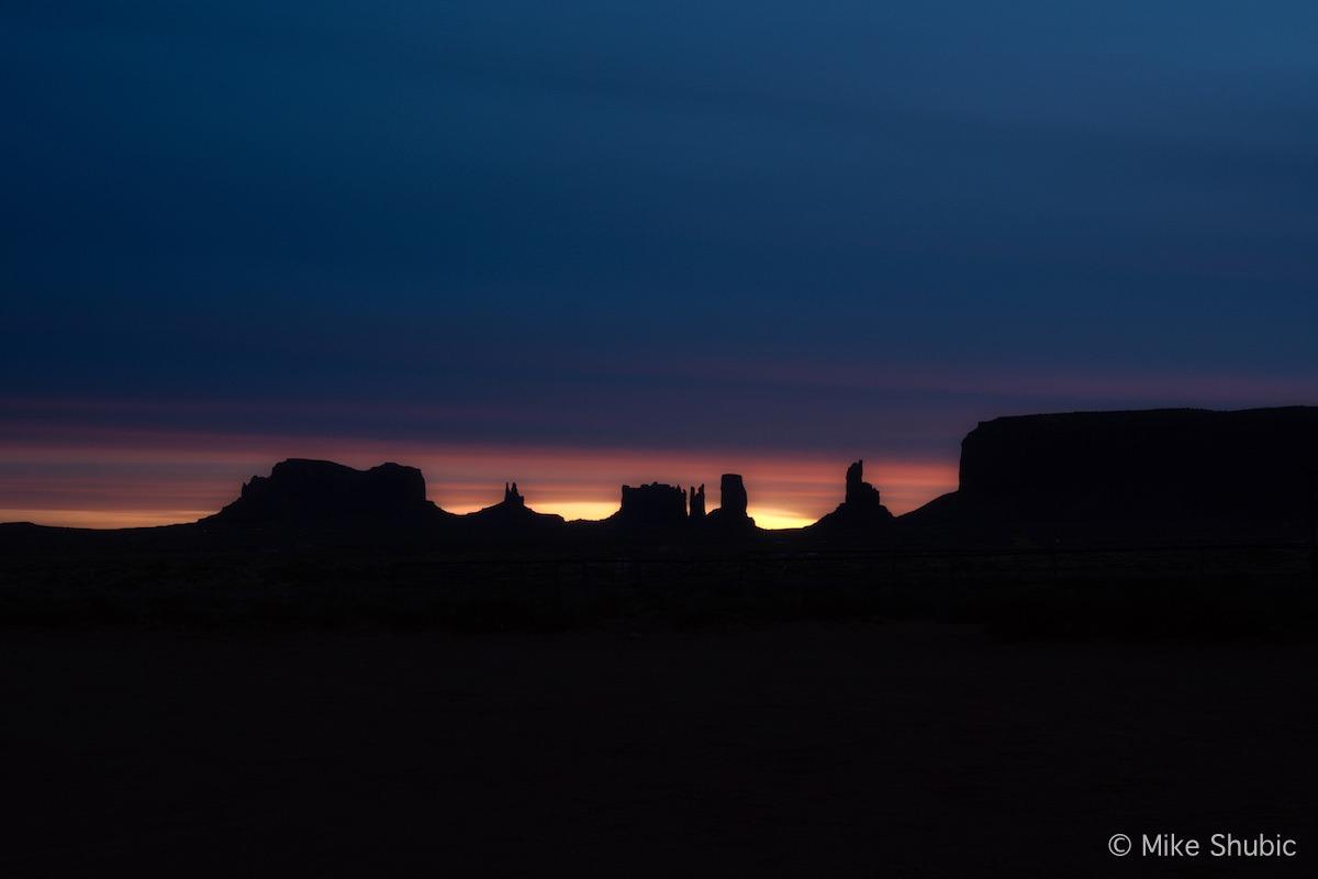 Monument Valley Dreamy sun copy